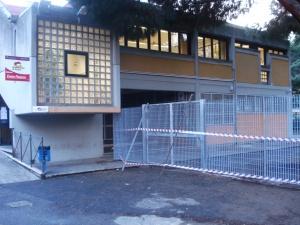 Scuola via Monte Ruggero, la sicurezza è un muro
